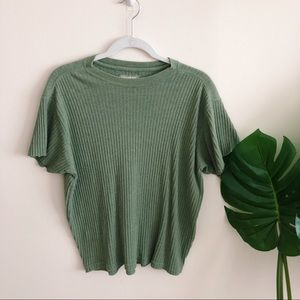 Ribbed Olive Green T-shirt